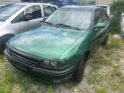 gebraucht Opel Astra 1.6 Benzin mit Klima 0782160424