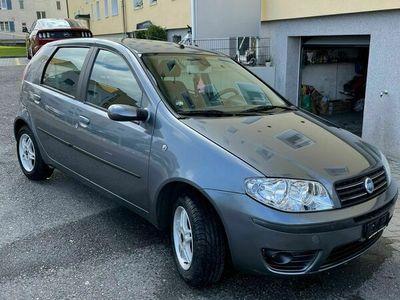 gebraucht Fiat Punto Punto Frisch mfk&service puto 1.4 16 v 112500 kmFrisch mfk&service puto 1.4 16 v 112500 km