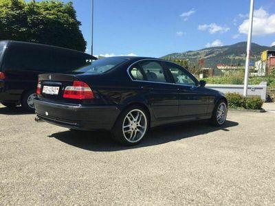 gebraucht BMW 323 3er E46 i