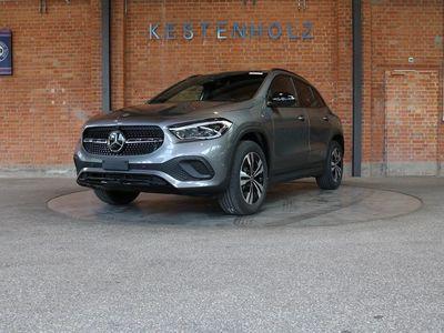 gebraucht Mercedes GLA200 Progressive 7G-DCT