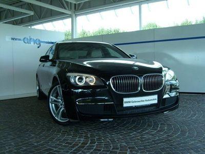 gebraucht BMW 740L d Aut. M Sportpaket Navi K Sitzh. PDC Glasd.
