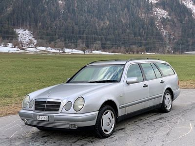 gebraucht Mercedes E280 E-KlasseClassic 4-Matic Automatic
