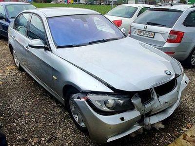 gebraucht BMW 320 3er i M-Paket Automat B04