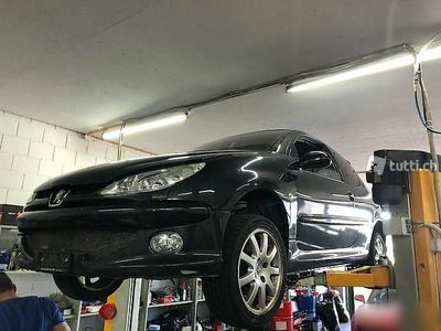 gebraucht Peugeot 206 2.0 bensin Motor blockiert