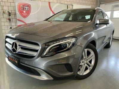gebraucht Mercedes GLA250 Style 4Matic 7G-DCT