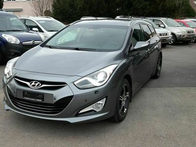 gebraucht Hyundai i40 Wagon 1.7 CRDI Premium