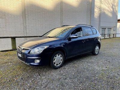 gebraucht Hyundai i30 Wagon 2.0 CRDi Premium