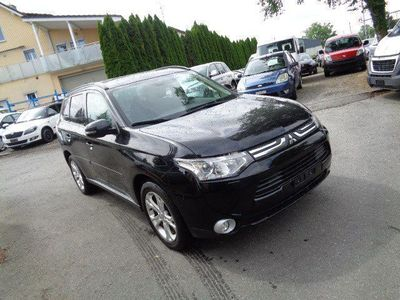 gebraucht Mitsubishi Outlander 2.2 DID Navigator Safety 4WD Automatic