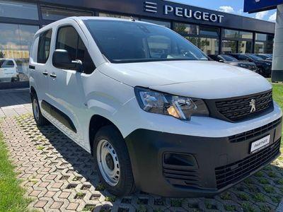 gebraucht Peugeot Partner Kaw. 650 Standard 1.2 Pro