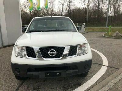 gebraucht Nissan King Navara King Cab LE 2.5 dCi 4WD NavaraCab LE 2.5 dCi 4WD