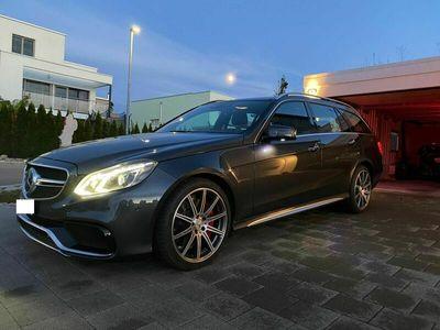 gebraucht Mercedes E63 AMG E-Klasse E 63 AMG S 4Matic Speedshift E-KlasseS 4Matic Speedshift