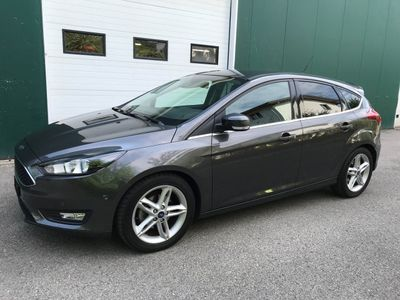 gebraucht Ford Focus 1.0 SCTi Magnetic Automatic