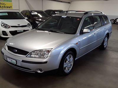 gebraucht Ford Mondeo Kombi 2.5i 24V Ghia