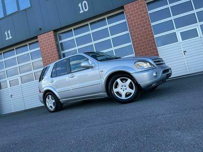 gebraucht Mercedes ML55 AMG M-Klasse Mercedes Benz ML 55 AMG / 84.000 KM M-Klasse Mercedes BenzAMG / 84.000 KM