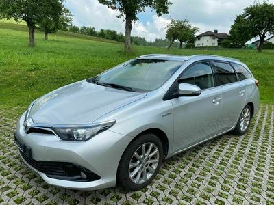 gebraucht Toyota Auris Touring Sports 1.8 HSD Swiss Trend e-CVT