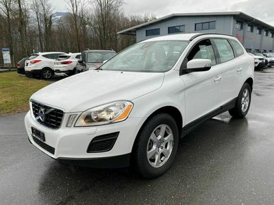 gebraucht Volvo XC60 D3 AWD Kinetic Geartronic