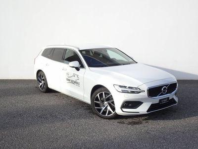 gebraucht Volvo V60 2.0 T6 Momentum AWD S/S