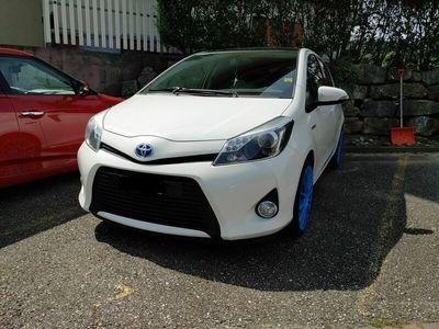 gebraucht Toyota Yaris 1.5 HSD Premium