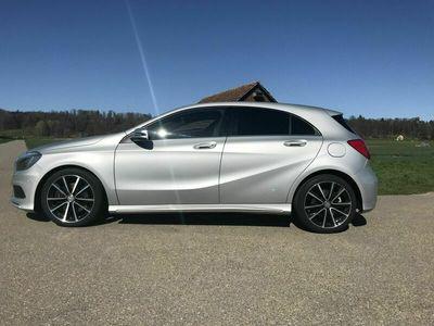 gebraucht Mercedes A250 A-Klasse A 250 Sport AMG Line 4Matic 7G-DCT (Limousine) A-KlasseSport AMG Line 4Matic 7G-DCT (Limousine)