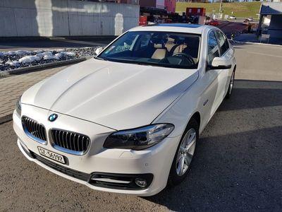 gebraucht BMW 530 5er d Mineral Weiss mit ProNavi, Leder, HUD, glasdach