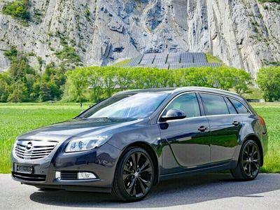 gebraucht Opel Insignia Sports Tourer 2.0 Turbo Sport 4WD