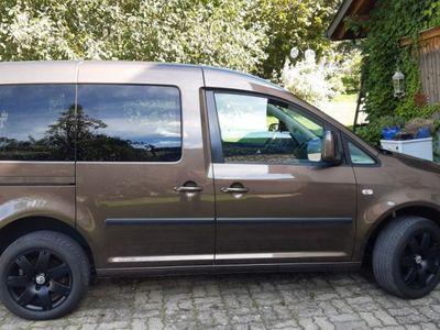 gebraucht VW Caddy 1.6 TDI 102 Comfortline DSG