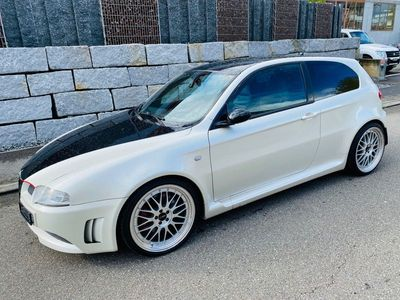 gebraucht Alfa Romeo GTA 147 3.2KM: 16300 MFK: 2017