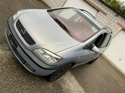 gebraucht Opel Zafira 2.2i
