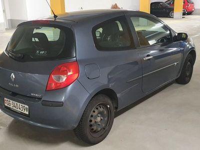gebraucht Renault Clio 1.6 16V Dynamique Occassion Fahrzeug/Auto