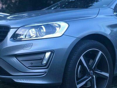 gebraucht Volvo XC60 D5 AWD Momentum R-Design Geartronic