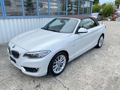 gebraucht BMW 220 i Luxury Line Steptronic