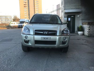 gebraucht Hyundai Tucson 2.0 CRDi VGT Swiss Limited Edition 4WD