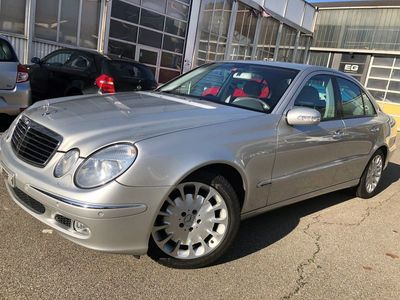 gebraucht Mercedes E500 E-Klasse Mercedes -BenzElégance Automatic ** Sehr gute Zustand
