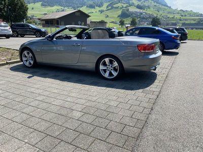 gebraucht BMW 335 Cabriolet 3er i (E93), 129 TKM, aus 1. Hand, ab -Service