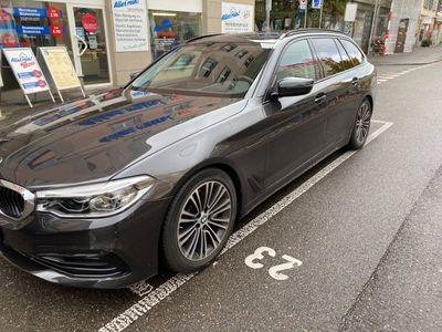 gebraucht BMW 530 d xDrive Touring Sport Line Steptronic
