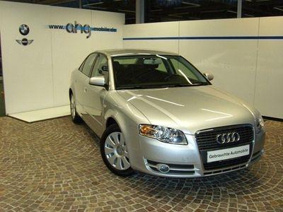 gebraucht Audi A4 2.0 multitronic Klimaautomatik Tempomat Sitzheizung