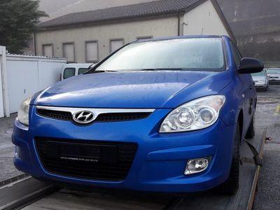 gebraucht Hyundai i30 1.4 Comfort