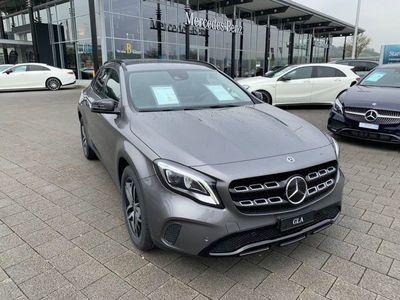 gebraucht Mercedes GLA220 Style 4Matic 7G-DCT