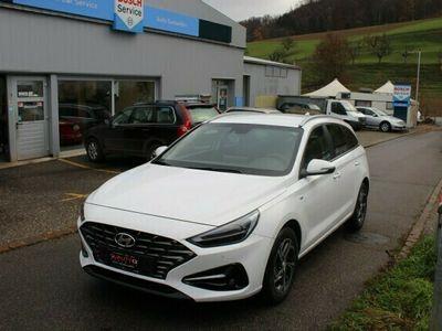 gebraucht Hyundai i30 Wagon 1.5 T-GDi Schaltgetriebe