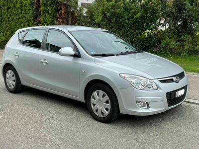 gebraucht Hyundai i30 2.0 CRDi Premium