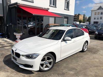gebraucht BMW 318 d Sport Line