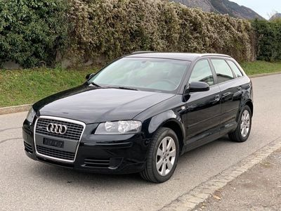 gebraucht Audi A3 Sportback 2.0 TDI Attraction quattro