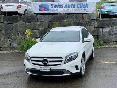 gebraucht Mercedes GLA220 CDI Style 4Matic 7G-DCT
