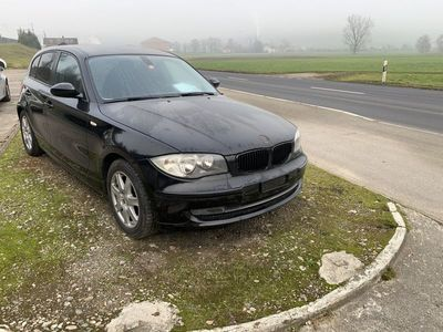 gebraucht BMW 118 1er i Facelift B04