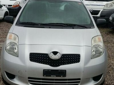gebraucht Toyota Yaris 1.0 Linea Luna