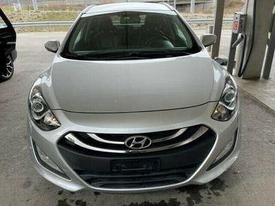 gebraucht Hyundai i30 Wagon 1.6 CRDi Style Automatic