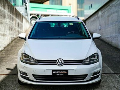 gebraucht VW Golf Sportsvan Golf Sportsvan Golf Variant 2.0 TDI Highline Blue Motion Golf Variant 2.0 TDI Highline Blue Motion