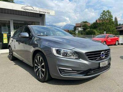 gebraucht Volvo V60 2.0 D3 Black Dynamic Ed. S/S