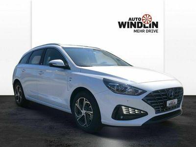 gebraucht Hyundai i30 Wagon 1.5 T-GDi Amplia
