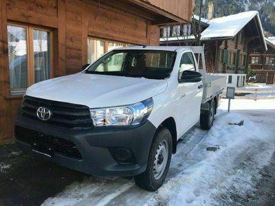 gebraucht Toyota HiLux 2.4D-4D Comfort Single Cab 4x4